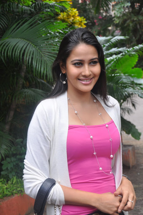 panchi bora new , panchi bora photo gallery